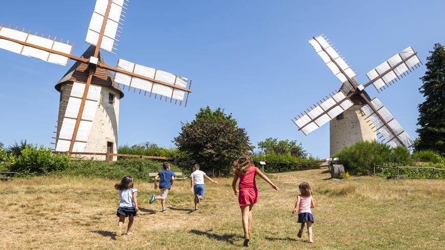 A l'assaut des moulins de Pouzauges