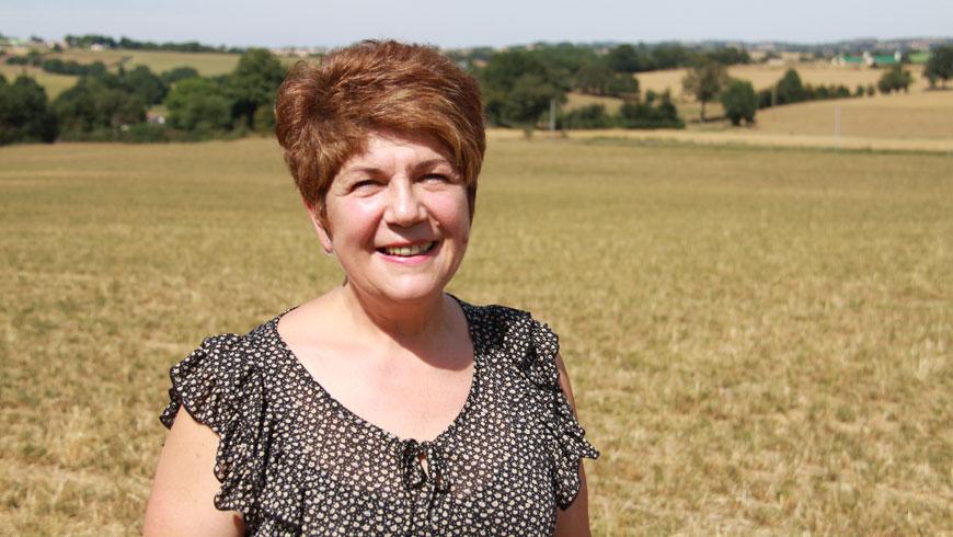 Nelly apicultrice en Vendée