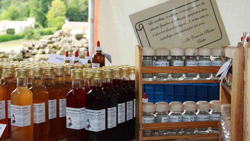 Vinaigres de cidre bio et sel aux plantes de Vendée