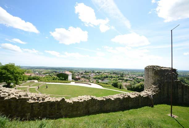 Visite de Pouzauges : château et venelles