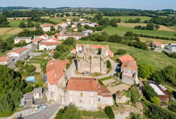 Châteaumur, ville seigneuriale